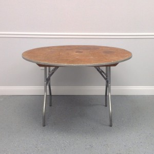 Beau 4ft Round Table